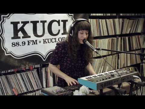 "Emily Reo Live on KUCI 88.9fm ""Wind + Peach"""