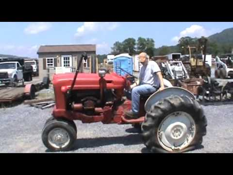 Ford 801 Master Tricycle Tractor Sel For
