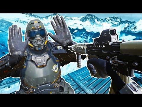 WE INVADE THE NORTH POLE In Zero Caliber VR!