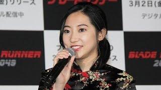 今週のファッションチェック>武田玲奈 美スタイル際立つタイトな黒ミニ...