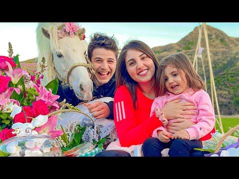 فاجأتها بحصان في عيد زواجنا💖🦄 - anasala family I أنس و أصالة