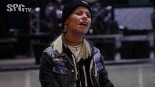 Tonight Alive - Breaking and Entering | SPGtv