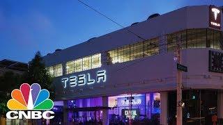 Tesla Market Cap Tops GM & Ford | CNBC(, 2017-06-06T19:34:57.000Z)
