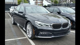 Roblox vs BMW 7 series fully loaded!