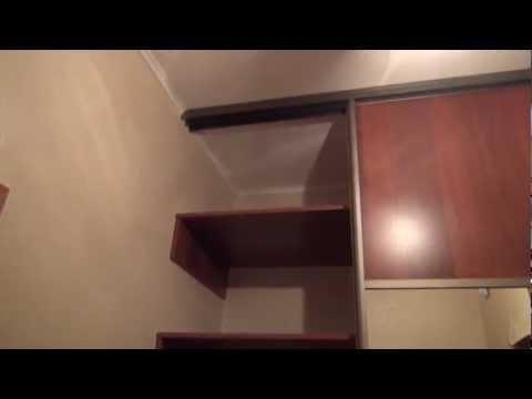Встроенный шкаф-купе в маленькую прихожую www.bistroshkaf.ru