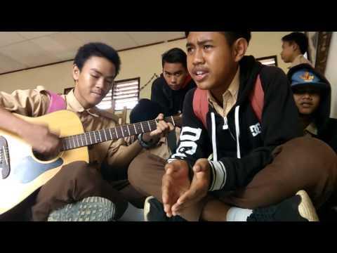 Ridho Rhoma - menunggu (cover) by: anak smk