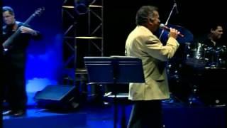 Pout Pourri: CAPIM / FATO CONSUMADO / FLOR DE LIS - Pery Ribeiro (ao vivo)