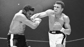Top 10 Muhammad Ali Moments