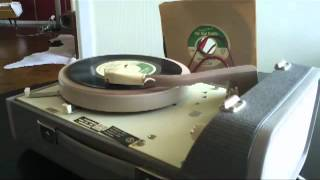 Honeyboy Slim & The Bad Habits - You Better Dig It (45 rpm Single 2012)