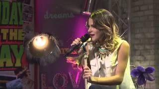 "The U-Mix Show: Martina Stoessel canta ""Hoy somos más"""