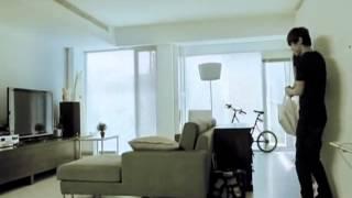 Hui Se He Di _ Danson Tang MV