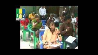 Mzee Kingunge Ngombale  Mwiru amepinga vikali kuwepo kwa serikali tatu katika katiba mpya ijayo.