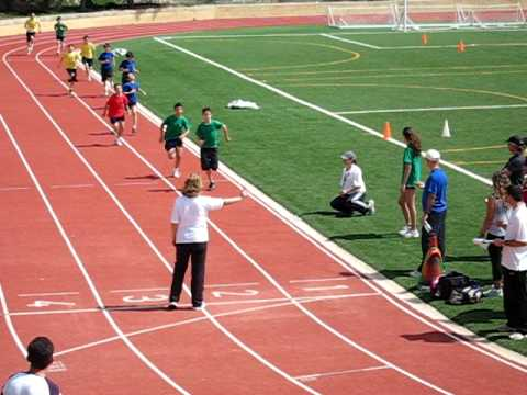 12 year old runs 400m in 1:05