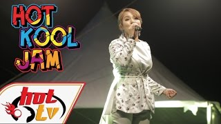 Download Mp3 Elly Mazlein - Usah Ditambah Bara Yang Tersimpan  Live  Hot Kool Jam #hotfm