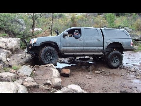 Toyota Tacoma 4x4 offroading highlight compilation