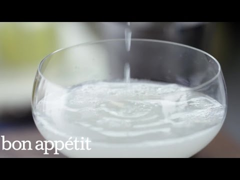The Icy Secret to That Frothy Gimlet
