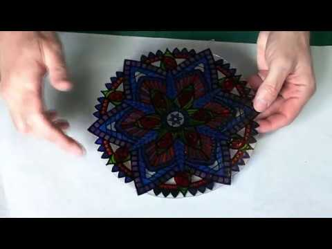 Glass Painting a Mandala Style Lightcatcher.