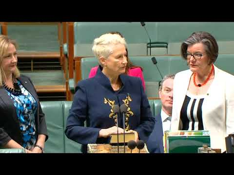 Dr Kerryn Phelps (Ind-Wentworth) Swearing-In (Nov 26, 2018)