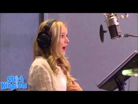 Kristen Bell and Idina Menzel Frozen