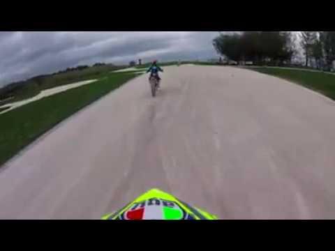 Onboard [rossi] allenamento moto ranch Tavullia || El Cervio