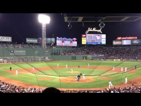 Jacoby Ellsbury Walk-Off against Yankees. (Sept. 11, 2012)