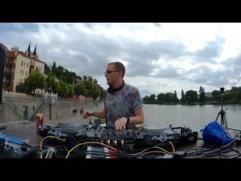dj Kanhäuser Chillin Prague Music Please 26.6. 2016