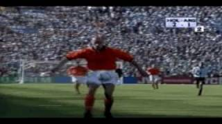 Dennis Bergkamp goal against Argentina - World Cup 1998 (w/ commentary by Jack van Gelder)