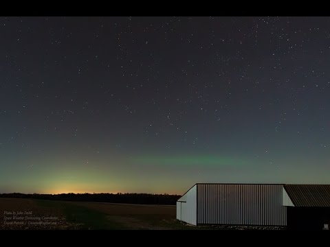 Polar Aurora (Kp2 1000 km+ North) Viewed From Southern Wisconsin! 4K UHD
