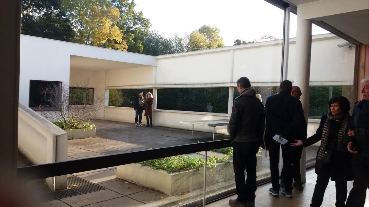 Villa Savoye - Le Corbusier - Poissy (78) - YouTube