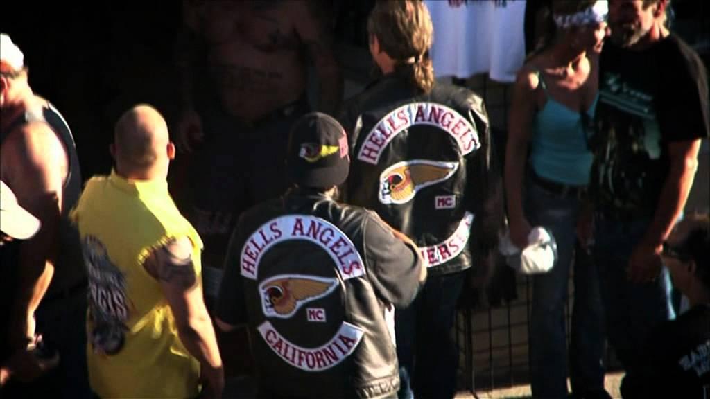Hells Angels vs  Bandidos - Der Rockerkrieg   HotDoks   Deutscher Trailer