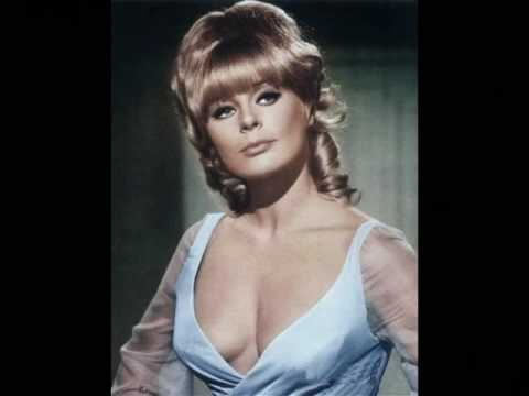Movie Legends  Elke Sommer