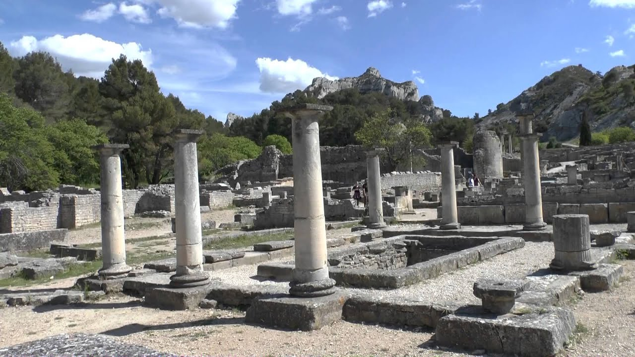 les antiques en glanum st r my de provence france youtube. Black Bedroom Furniture Sets. Home Design Ideas