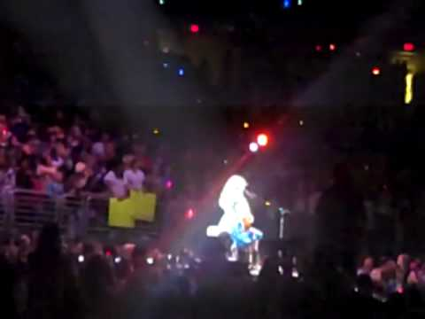 10-3-09 Taylor Swift - Fifteen