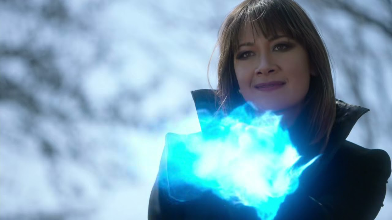Download Supergirl Season 6 Episode 10 (Mxy in the Middle) in English