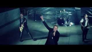 Papa Roach - LEADER OF THE BROKEN HEARTS music video