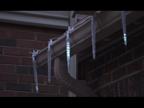 NOMA Quick-Clip Cascading LED Icicles. Canadian Tire - NOMA Quick-Clip Cascading LED Icicles - YouTube
