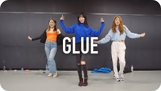Glue - Fickle Friends / Beginner's Class