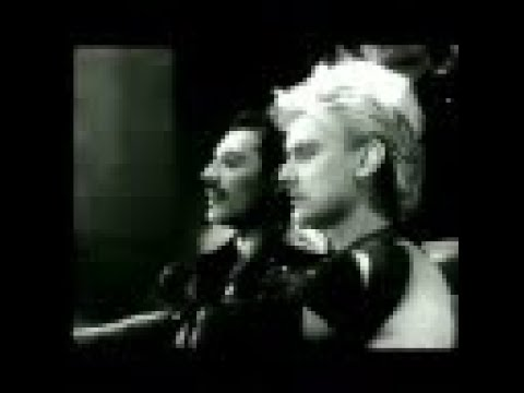 Queen — Radio Ga Ga (Official Video)