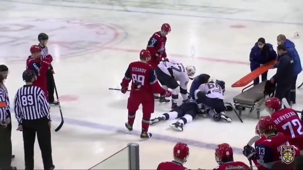 Un jeune hockeyeur russe meurt après avoir été atteint par une rondelle |  Radio-Canada.ca