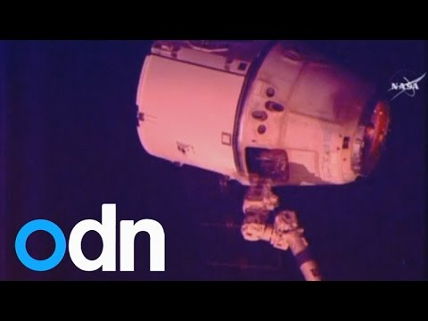 SpaceX Dragon leaves the Space Station
