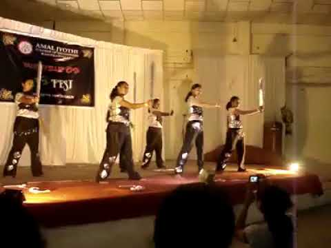 O Sharabi Kya Sharabi - Musafir Dance