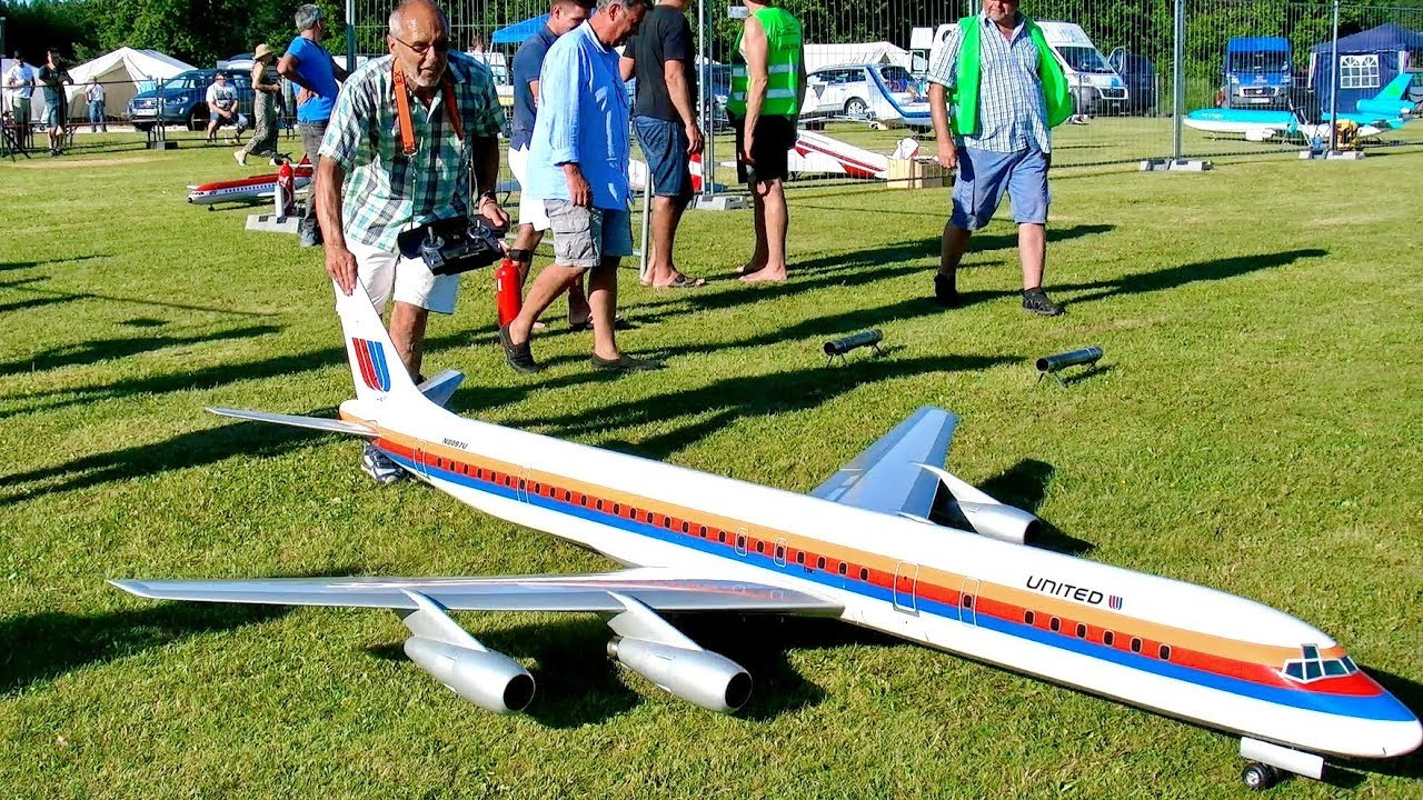 INCREDIBLE !!! RC MODEL TURBINE JET AIRLINER DOUGLAS DC-8 BIG RC SCALE 1:16 MODEL FLIGHT DEMO