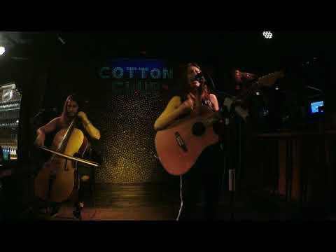 Janire Bermejo en directo en Cotton Club Bilbao Niña prodigio