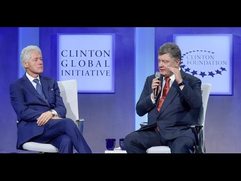 Bill Clinton and Petro Poroshenko in New York on Sept. 27