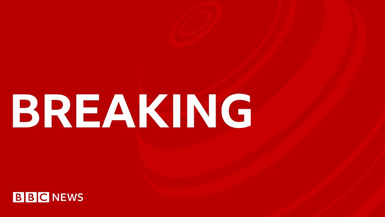 Beirut blast: Explosion rocks city ahead of Hariri verdict - BBC News