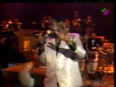Barry White Live in Paris 31/12/1987 - Part 2 - What Am I Gonna Do With You mp3