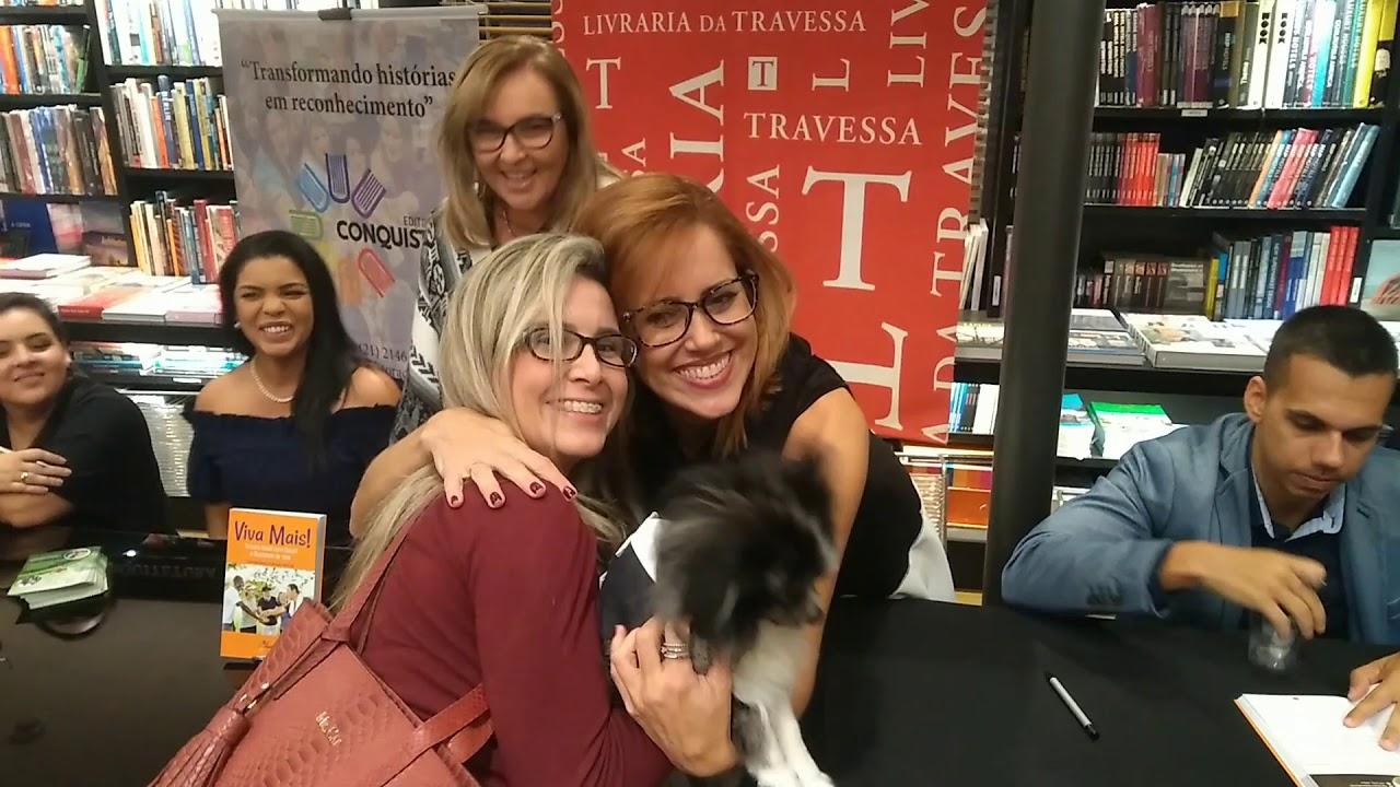 Lançamento de livro bate record de venda em noite de lançamento na Barra da Tijuca