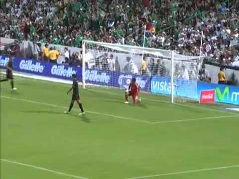 Gol de falta do Ronaldinho gaúcho contra o méxico - (11 10 2011 ... c7e7ff12e6a2b