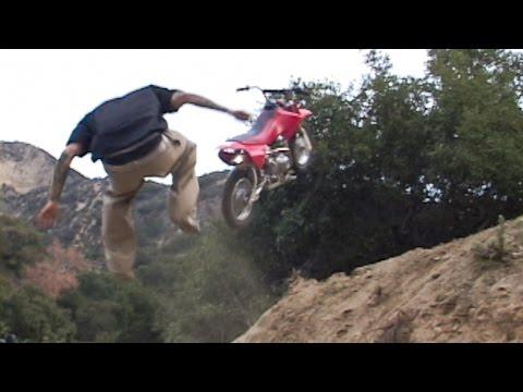 Twitch & Scummy - Ghost Ride