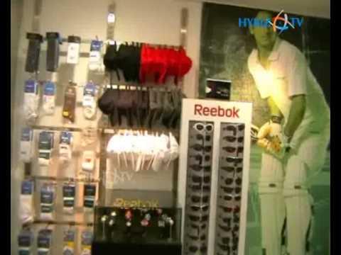 Reebok Stores at Trunk Road cee1fbc3d